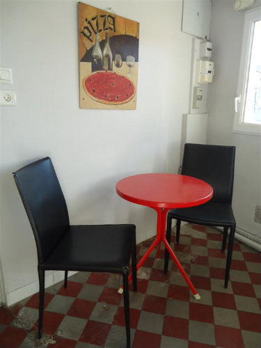 Flat in Avignon - Vacation, holiday rental ad # 47677 Picture #1
