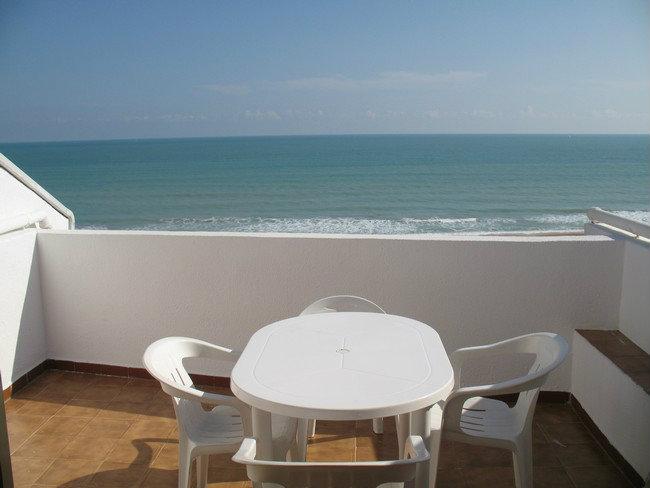 Apartamento en Peñiscola para  4 •   con terraza