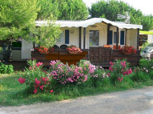 Stacaravan in Hyères plage voor  4 •   2 slaapkamers   no 48012