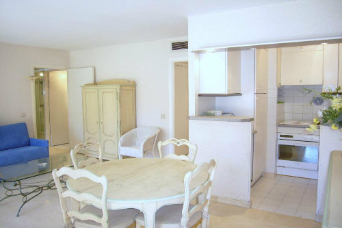 Flat in 06400 Cannes - Vacation, holiday rental ad # 48068 Picture #4
