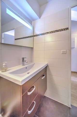 Studio in Cannes - Vacation, holiday rental ad # 48273 Picture #10