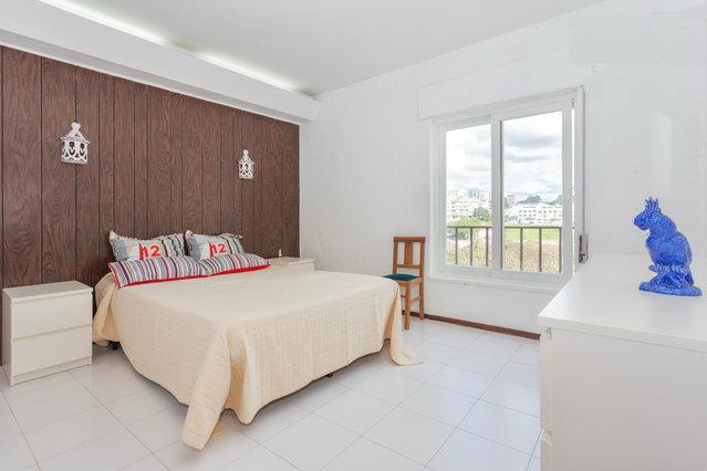 Appartement Quarteira - 5 personen - Vakantiewoning  no 48315