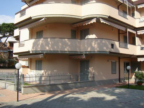 Appartement 5 personnes Cinquale - location vacances  n°48445