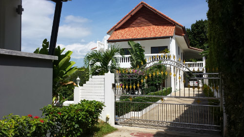 House in Bang Por - Vacation, holiday rental ad # 49603 Picture #1