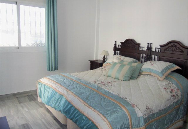Flat in Alhaurin El Grande - Vacation, holiday rental ad # 49661 Picture #9