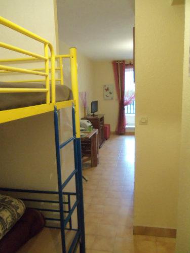 studio cavalaire sur mer louer pour 4 personnes location n 49841. Black Bedroom Furniture Sets. Home Design Ideas