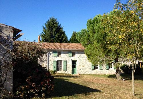 Gite Saint-coutant Le Grand - 2 personnes - location vacances  n°49936