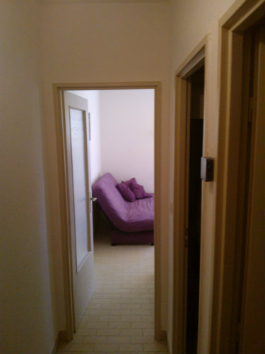 Studio in Nîmes  - Vacation, holiday rental ad # 49976 Picture #3