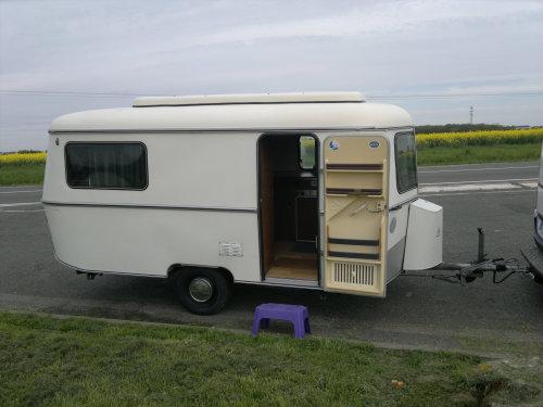 Caravane 3 personnes Lamotte Beuvron - location vacances  n°50196
