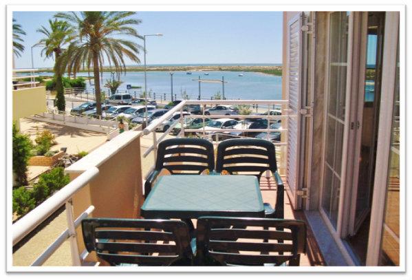 Appartement in Cabanas de tavira pp für  4 •   Aussicht aufs Meer
