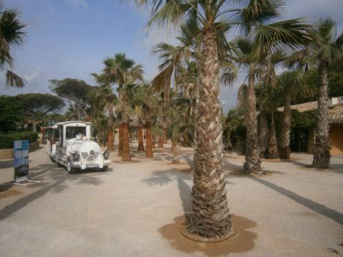 Stacaravan in Port grimaud voor  4 •   privé parkeerplek