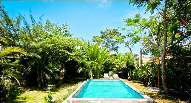 Chalet in Canggu voor  2 •   met zwembad in complex   no 50695