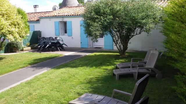 Gite in Arces-sur-gironde for   6 •   private parking
