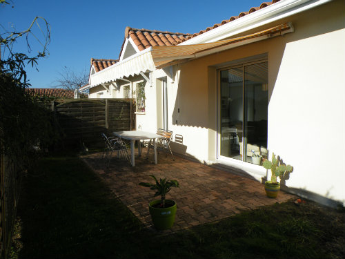 House in Biscarrosse - Vacation, holiday rental ad # 50899 Picture #1