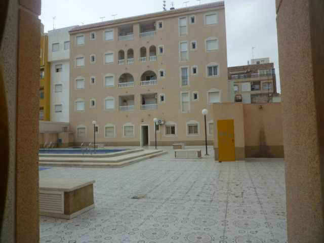 Flat in Torrevieja - Vacation, holiday rental ad # 50943 Picture #11
