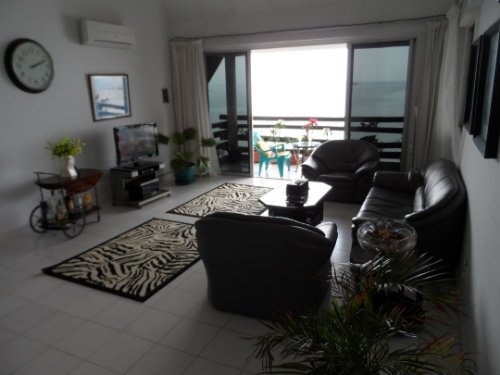 Flat in Batam - Vacation, holiday rental ad # 51003 Picture #1