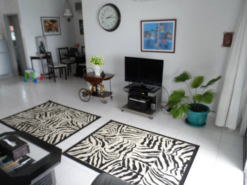 Flat in Batam - Vacation, holiday rental ad # 51003 Picture #2