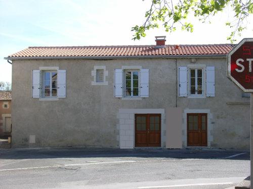 Gite Vendeuvre Du Poitou - 6 personnes - location vacances  n°51120