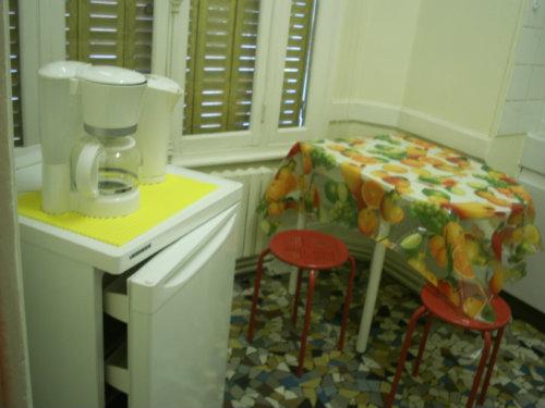 appartement vichy louer pour 3 personnes location n 51261. Black Bedroom Furniture Sets. Home Design Ideas