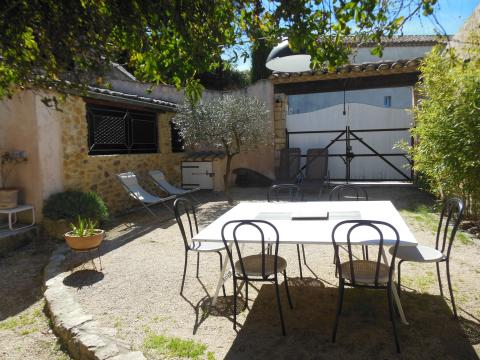 Gite 5 people Saint Victor La Coste - holiday home  #51283
