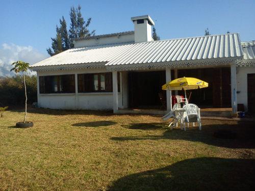 Maison à Cilaos pour  7 •   avec terrasse