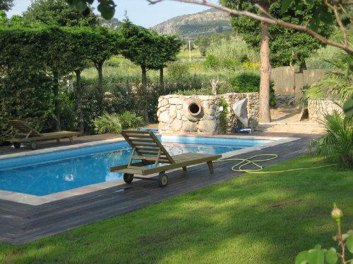 Maison à Plan de la tour pour  8 •   avec piscine privée   n°51910