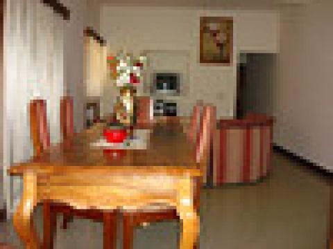 Maison abidjan louer pour 5 personnes location n 16748 for Abidjan location maison