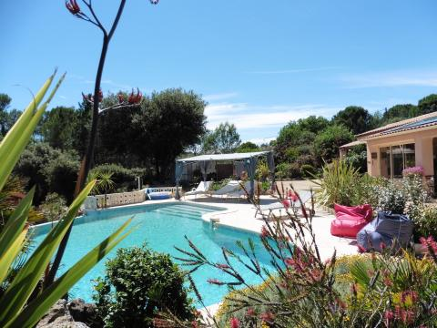 House in LES ARCS SUR ARGENS - Vacation, holiday rental ad # 52329 Picture #2