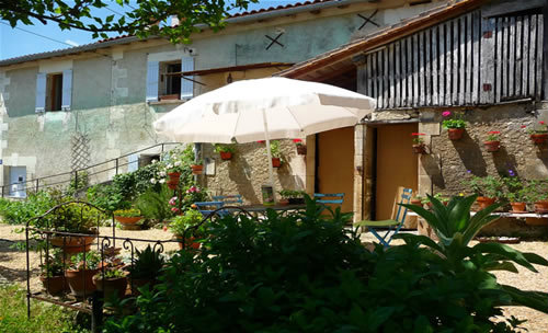 House in Ribérac - Vacation, holiday rental ad # 52341 Picture #3