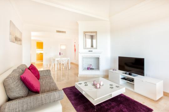 Flat in Elviria marbella for   6 •   view on sea