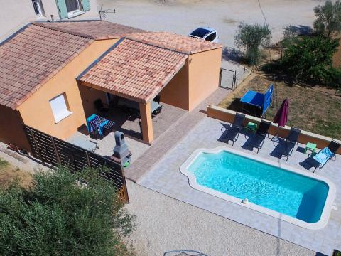 Gite in Saint marcel de careiret for   6 •   with private pool   #52758