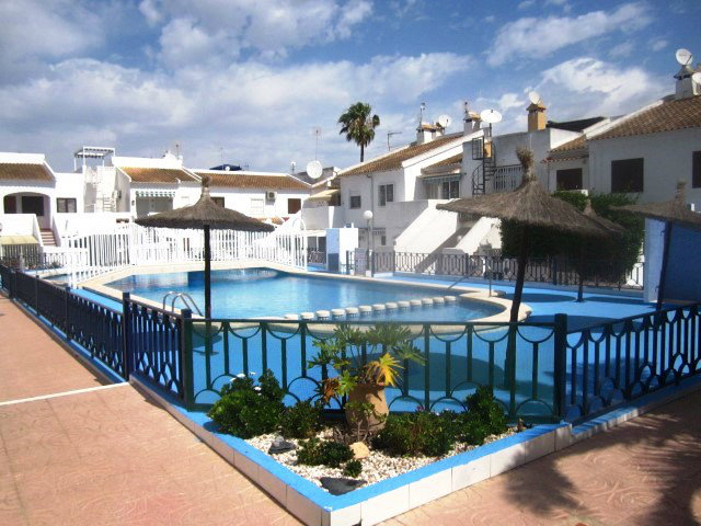 Flat in Torrevieja - Vacation, holiday rental ad # 52765 Picture #6