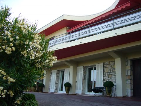 House in Antibes - Vacation, holiday rental ad # 52902 Picture #0