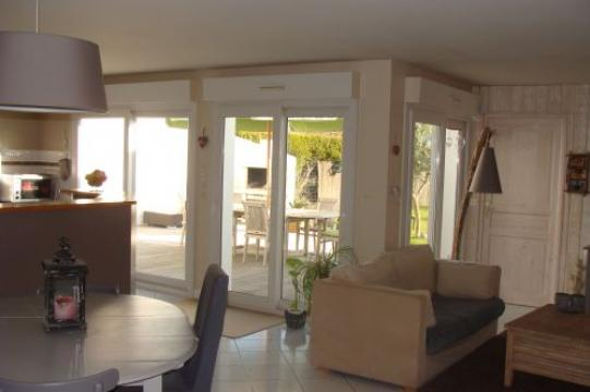 House in Sainte Marie de Ré - Vacation, holiday rental ad # 53002 Picture #3