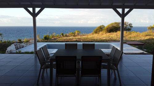 Maison à Capesterre de marie galante pour  6 •   vue sur mer