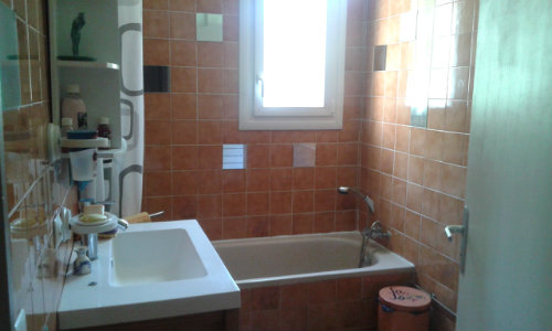 House in Toulon le revest les eaux - Vacation, holiday rental ad # 53044 Picture #3