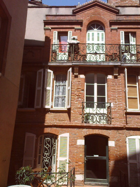 Flat Toulouse - 4 people - holiday home  #53243