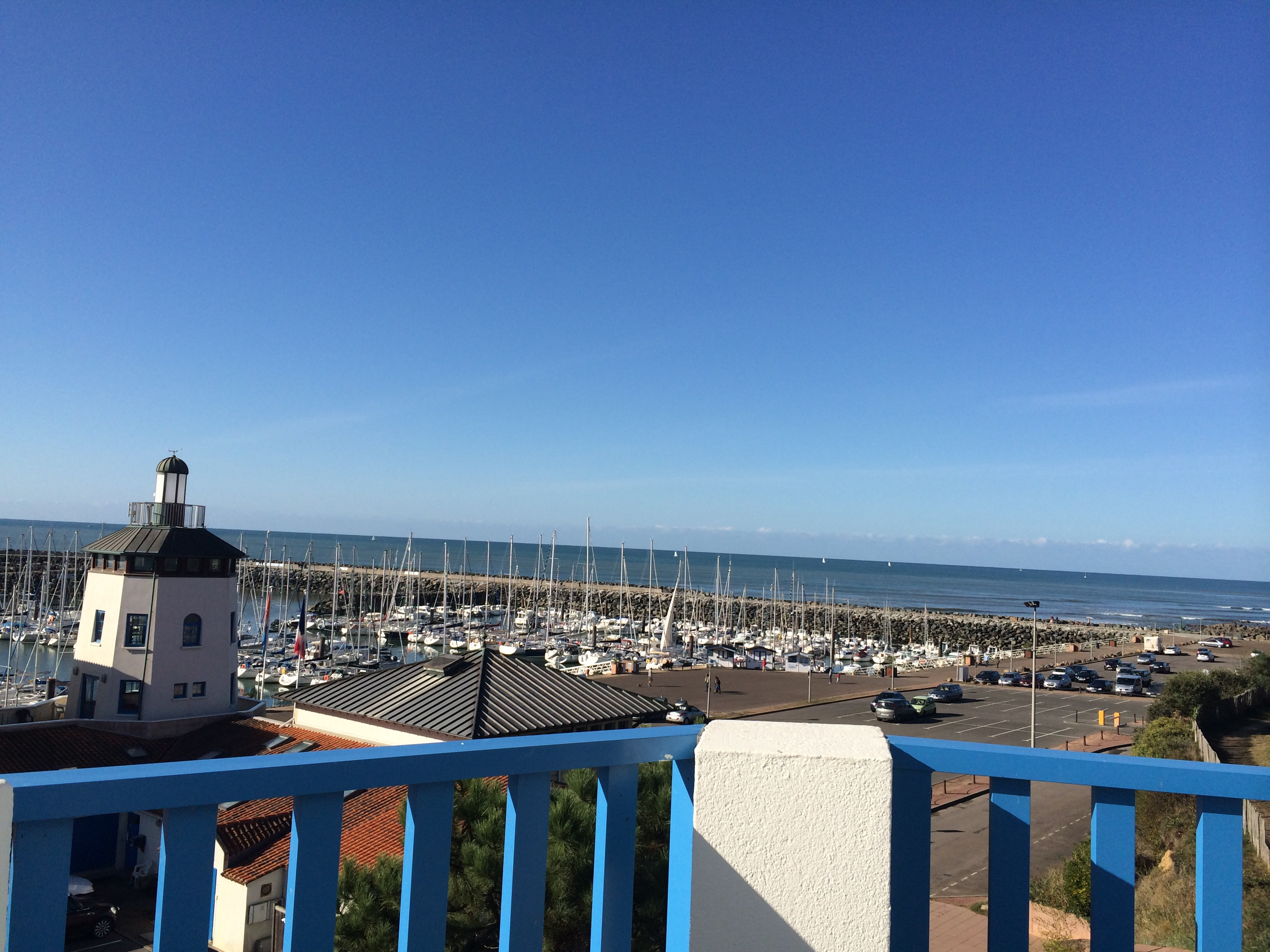 Flat in Port bourgenay for   7 •   view on sea