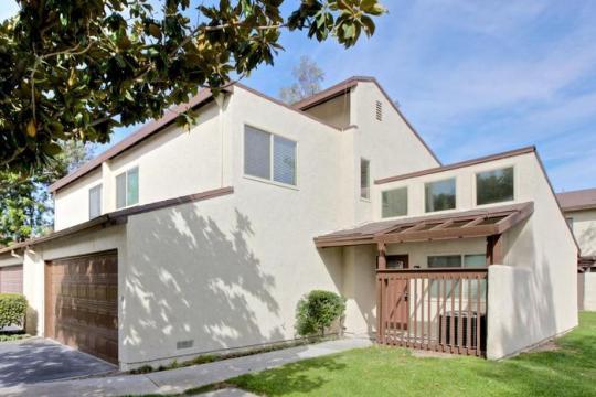Maison à Anaheim pour  10