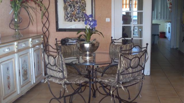 appartement beaulieu sur mer louer pour 4 personnes location n 54502. Black Bedroom Furniture Sets. Home Design Ideas