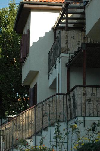 Huis in Potistika voor  2 •   privé parkeerplek   no 54553