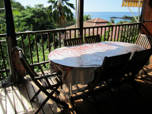 Gite à Bouillante pour  5 •   avec terrasse   n°54620