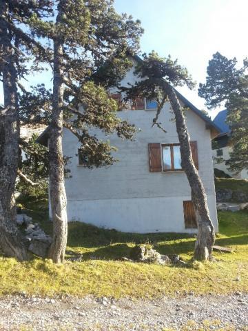 chalet arette la pierre saint martin louer pour 8 personnes location n 54665. Black Bedroom Furniture Sets. Home Design Ideas