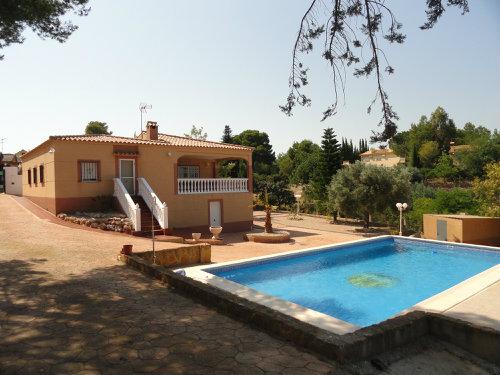 Maison à Turis pour  8 •   avec piscine privée