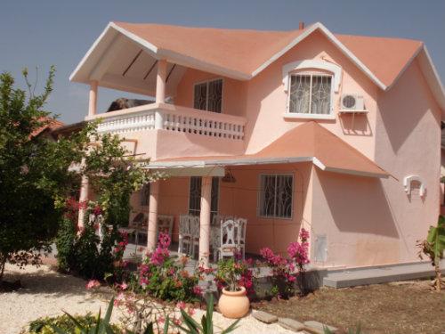 Maison warang petite c te location villa warang petite for Plan maison 150m2 senegal
