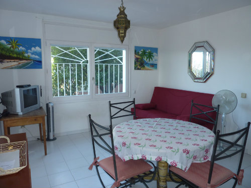 Flat in Palau saverdera - Vacation, holiday rental ad # 55080 Picture #3