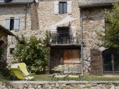 Gite à Lunac pour  5 •   avec terrasse