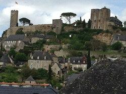 Gite in Turenne voor  5 •   2 slaapkamers   no 55224