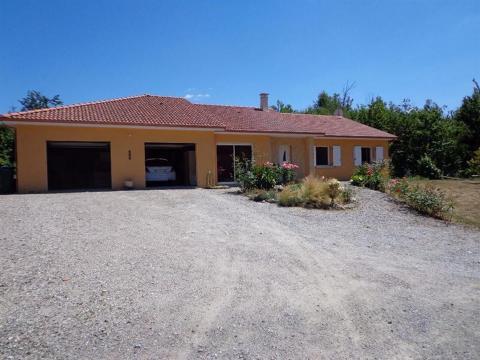 Maison à Limoges à louer pour 10 personnes - location n°55476