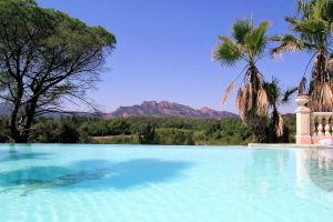 Gite in Roquebrune sur argens voor  4 •   met privé zwembad